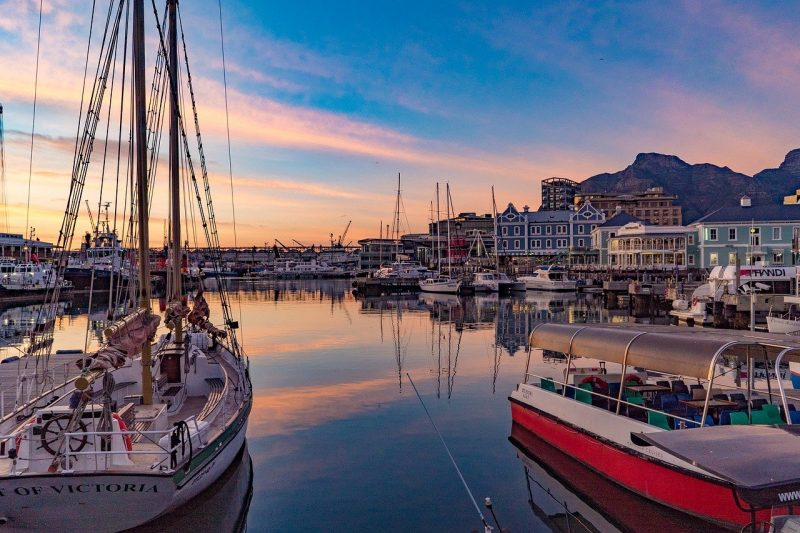 10 Things Travelers Need When Visiting Cape Town